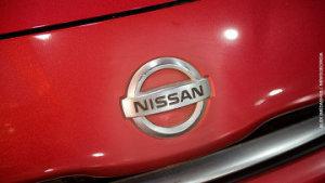 Nissan разработал самоочищающуюся нанокраску