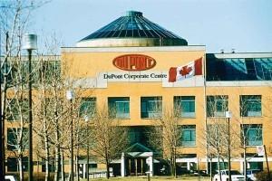 DuPont продаст Mitsui активы по производству фунгицидов